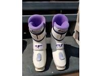 Nordica ski boots 857