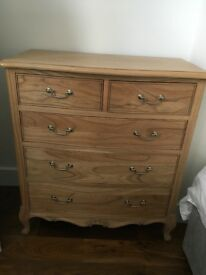 Frank Hudson Chic Weathered 5 Drawer Chest & Matching Tallboy Drawers