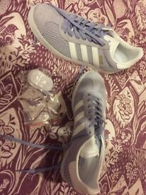 Women's brand new Adidas gazelle trainers size 8