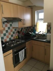 Studio Flat, Langhorn Rd, Available 4th AUGUST 2018