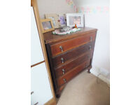 *** LOVELY VINTAGE CHEST OF DRAWERS ***