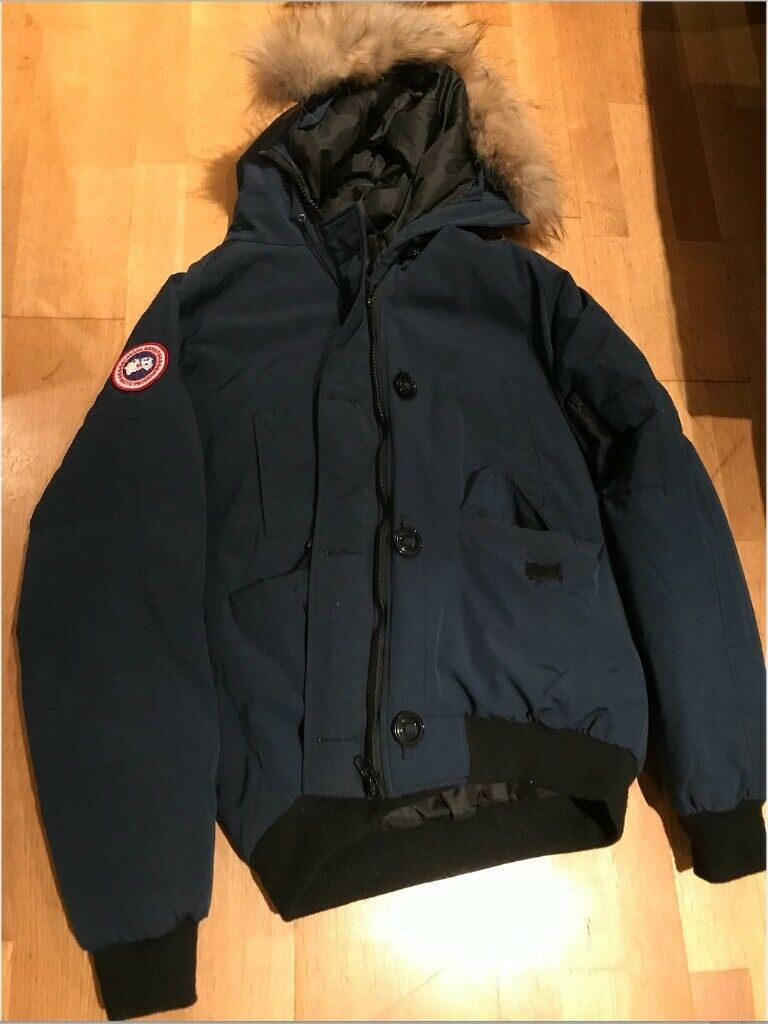 Canada Goose Chilliwack Bomber fits M, with official serial tags | in Tower Hamlets, London | Gumtree