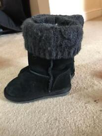 Girls Suede black boots with knittted top From Next Fur inside Size 8