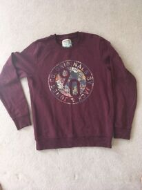 SWEATSHIRT - mens size medium. great colour. fits 16 to 18 year old.