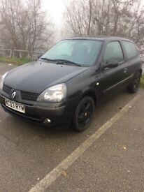 03 Renault Clio 1.2 16v Mot May Black Alloys
