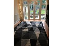 Wool rug 200 x 300 cm