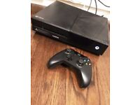 Xbox One 1TB Console and controller