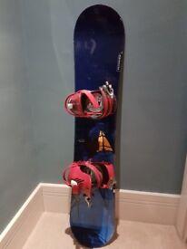 Kids Salomon Snowboard With Bindings 124cm