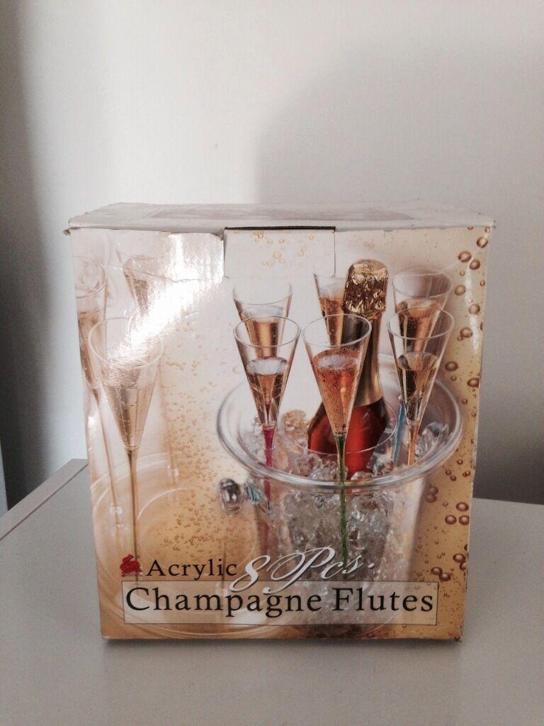 Brand new champagne flutes