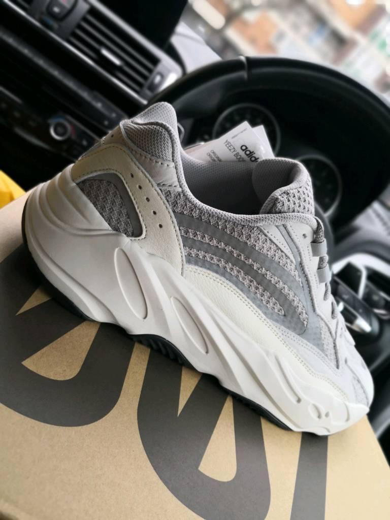 498e1af95b04 adidas Originals x Kanye West Yeezy Boost 700 V2 - UK11