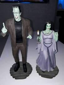 Figures .statues