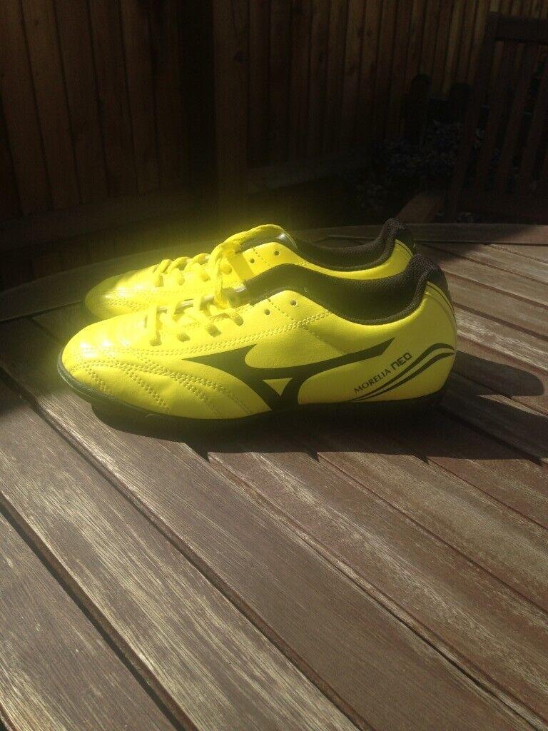 quality design bc531 b26e3 Mizuno Morelia Neo Astro Football Boots | in Woodley, Berkshire | Gumtree