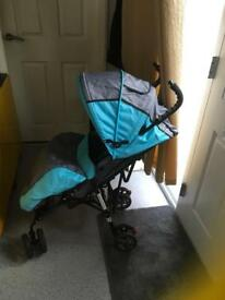 Lightweight stroller can deliver or collect