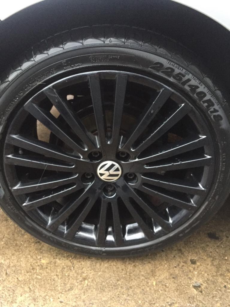 Vw R32 Genuine Alloys Black Ronal 18 Inch Alloy Wheels