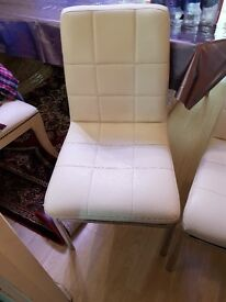 SET 0F 6 LEATHER DINNING TABLE CHAIRS