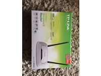 BRAND NEW Tp link 500mbps router