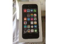 I Phone 5s rose gold 16 GB excellent boxed with earphones and charger £120