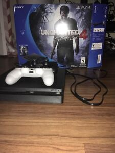 PS4, 2 Controllers, Uncharted 4 (used once)