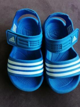 Adidas Schuhe Wasser Gr 23 Adiletten