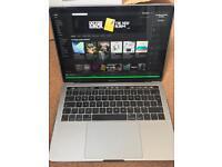 Apple MacBook Pro Retina Touchbar Mint condition