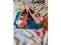 Girls shoes, child size 4