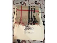 Burberry unisex authentic scarf brand new with full Burberry gift bags ,