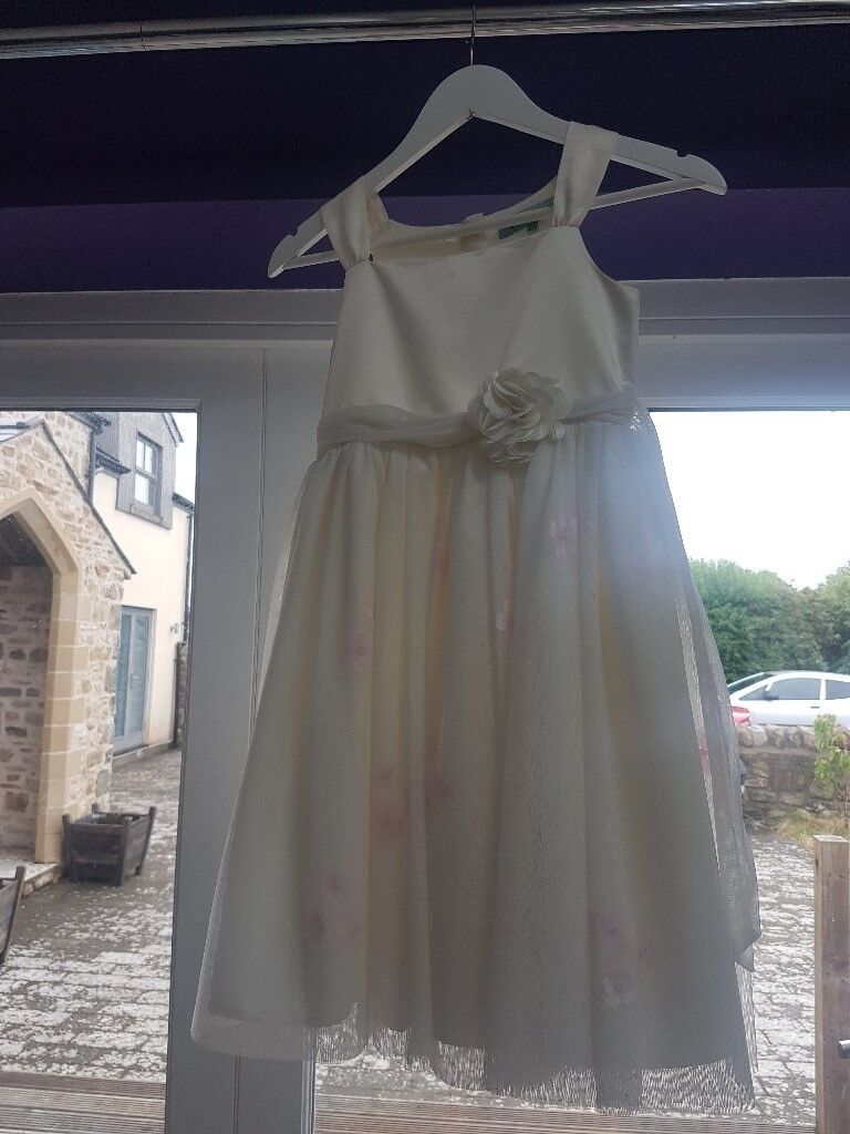 New Little Dickins Dress Aged 9 10 Very Pretty Flower Girl Party