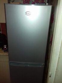 Swan silver/grey fridge freezer