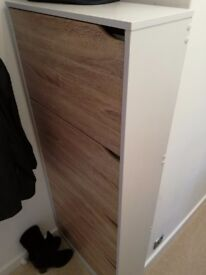 Great offer !! Shoe cabinet brand new condition