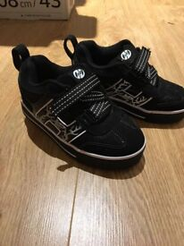 Heelys size 11 excellent condition