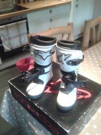 Alpinestars childs motocross/trials boots