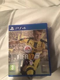 FIFA 17 PS4 EXCELLENT CONDITION *PLAYED TWICE*