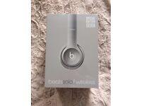 Beats by Dr. Dre Solo2 Wireless On-Ear Headphones Silver