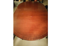 Brown kitchen table & 6 chairs (second hand)