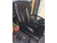 Office chair in good condition.