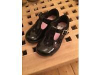 Clarks black toddler shoes