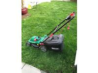 Lawn mower £10
