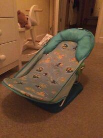 FREE!! Baby bath seat