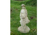 VINTAGE GIRL - YOUNG LADY RESTING ON A TREE STUMP GARDEN STATUE 55cm TALL