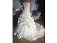 Ian Stewart Designer Wedding Dress
