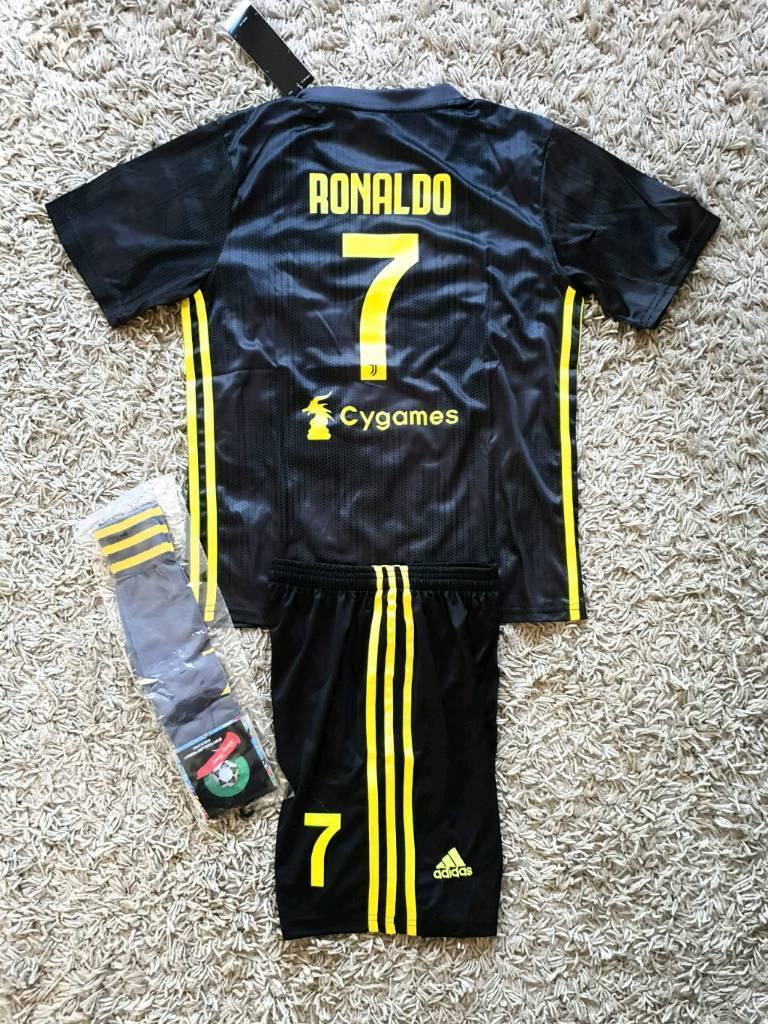 designer fashion 8ce9b 85a8b 2019 Juventus football kit 4/5 years kids adidas tshirt shorts | in  Birkenhead, Merseyside | Gumtree