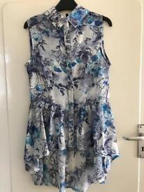 Women's size 8-10 Blue Patterned Blouse