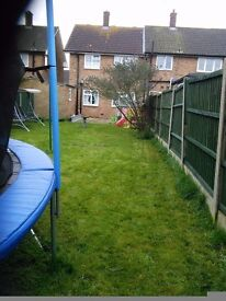 2 bed house in Stanford-le-Hope, for a 2 bed house, flat etc with garden in Braintree