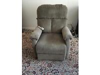 Electric rise and recliner chair