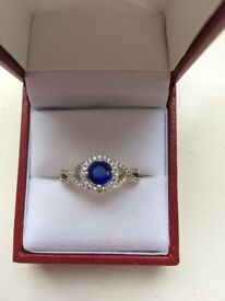 1.25 carat yellow gold sapphire and diamond ring