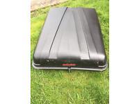 Autoplas lockable roof box