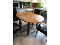 Dining table and 4 chairs, solid pine, extendable
