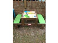 Little tikes sand table