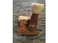 Girls genuine Ugg boots size 3