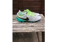 Men's Nike tiempo football boots UK11